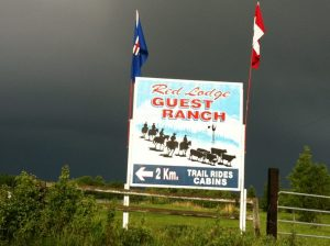 red lodge guest ranch sign